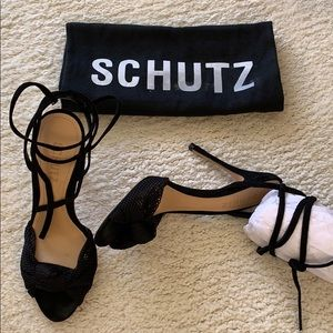SCHUTZ Aurore in Suede Black